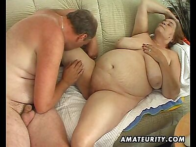 Heavy mature amateur fit together sucks and fucks